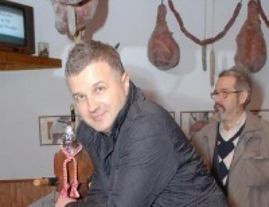 foto-starih-pornozhurnalov-tetya-soblaznila-svoyu-podrugu