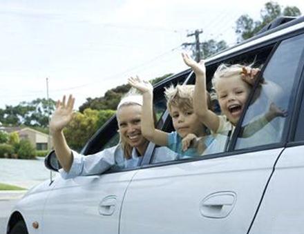 Раз в год женщина с двумя детьми имеет право взять 14-дневный отпуск за свой счет