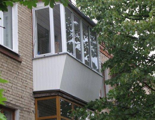 Депутаты обложили налогом застекленные балконы и лоджии - га.