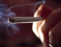 Янукович дал украинцам полгода, чтобы бросить курить