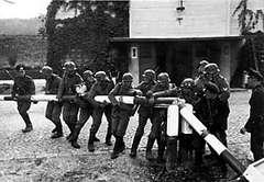 «советские эшелоны с зерном и нефтью для германии шли на запад даже 22 июня 1941 года»