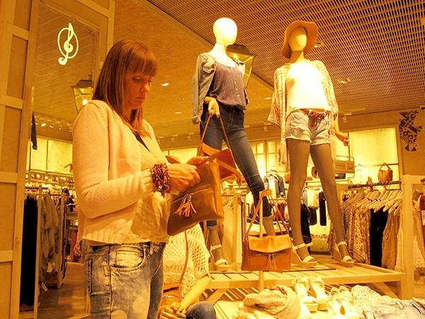 На рынке в Хмельницком цены на одежду и обувь в два раза ниже c559ec3548832