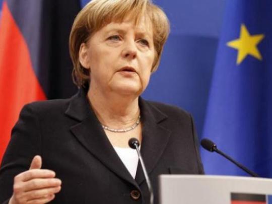 Меркель пообещала продолжить работу пообеспечению суверенитета Украинского государства
