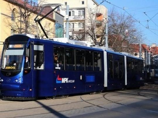 ВПольше пассажиры трамвая избили украинца из-за его нации
