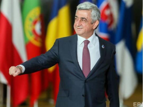 Парламент Армении выбрал  премьер-министром Саргсяна, невзирая  намассовые протесты
