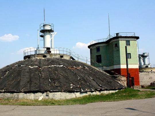Встолице неизвестные разобрали часть дамбы Бортнической станции аэрации