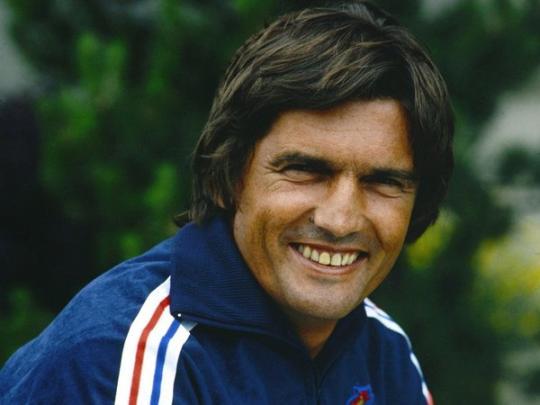 Скончался легендарный французский футболист Анри Мишель