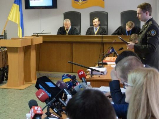 Защита Януковича: Суд пробует заменить «неудобных» юристов