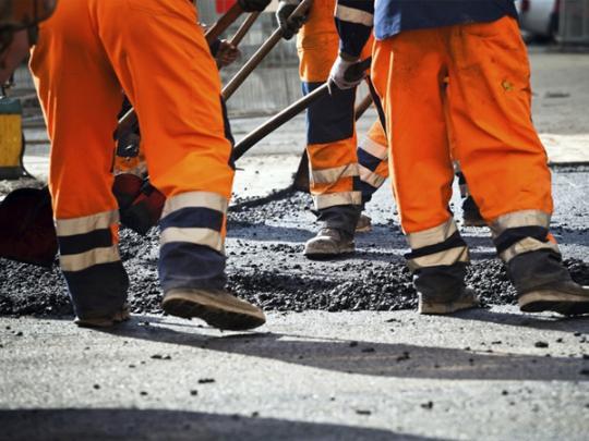 В «Укравтодоре» решили отказывается отямочного ремонта дорог