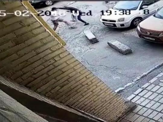 ВХарькове силовики задержали группировку, напавшую на солдата АТО