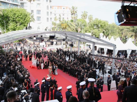 Появились фото звезд скрасной дорожки— Каннский кинофестиваль