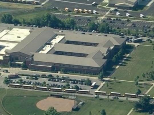 Стрельба произошла вамериканской школе, есть пострадавшие