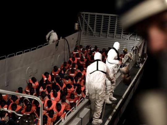 Италия пригрозила закрыть порты для спасательных судов сбеженцами