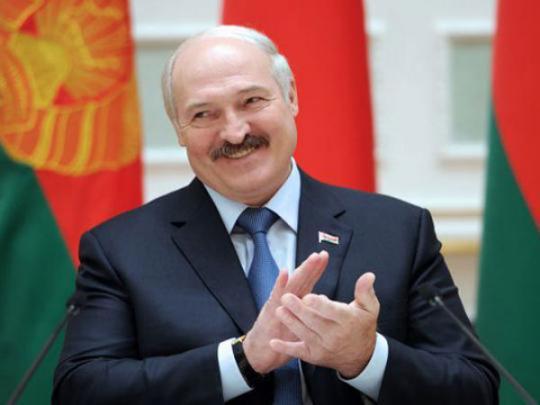 В Беларуси рассказали, как Лукашенко зарабатывает на войне Путина против Украины