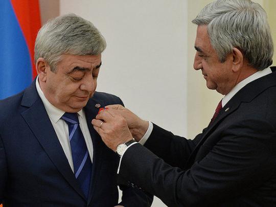 Близким родственникам бывшего президента Армении предъявлены обвинения