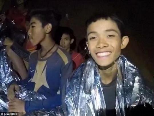 В Таиланде началась операция по спасению подростков