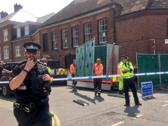 Отравление в Эймсбери: выживший британец дал первые показания полиции