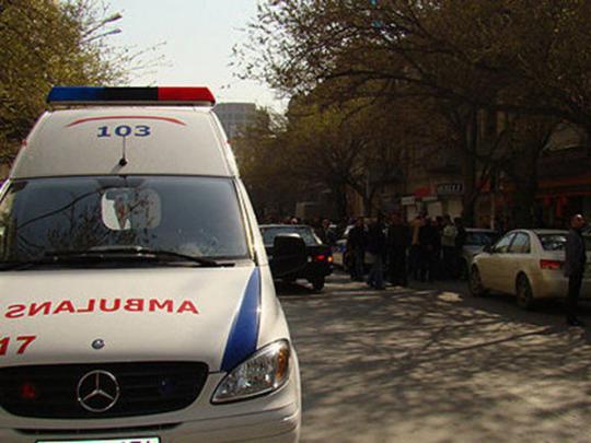 Автокатастрофа в Баку: автобус врезался в грузовик
