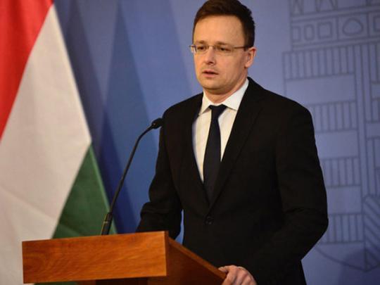 Сийярто объяснил, почему Венгрии заблокировала заседание комиссии Украина-НАТО