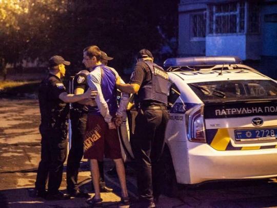 Полиция и нападавший