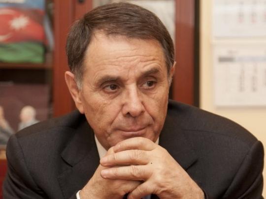 Премьер Азербайджана спас жизнь самоубийце