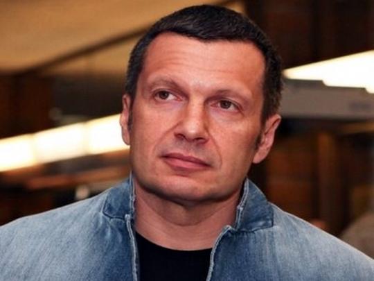 В сети высмеяли выпад топ-пропагандиста Путина в адрес Порошенко