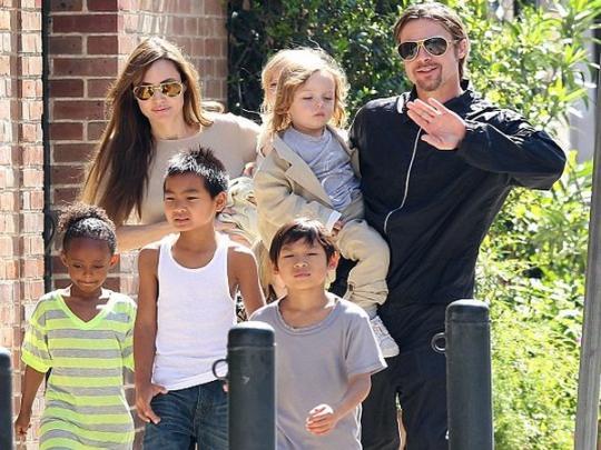 Брэд Питт прокомментировал обвинения Анджелины Джоли внеуплате алиментов