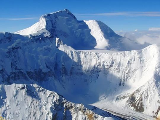 Покорить Пик Коммунизма и умереть: погибли российские альпинисты