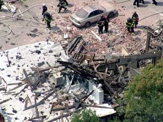 Взрыв газа в жилом доме в США: пострадали 10 человек