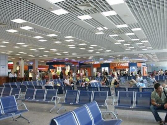 ВБорисполе из-за несуществующего застряли 300 пассажиров
