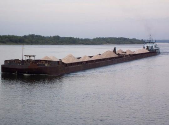 Уберегов Крыма вАзовском море затонула баржа с русским зерном— МЧС