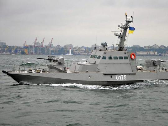 Украинский катер на Азове