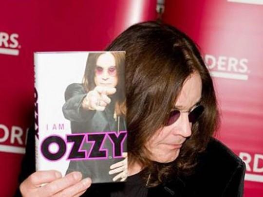 Известный британский музыкант отменил концерт из-за болезни