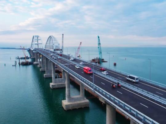 Тука: Азовское море будет  озером вслучае обрушения Керченского моста