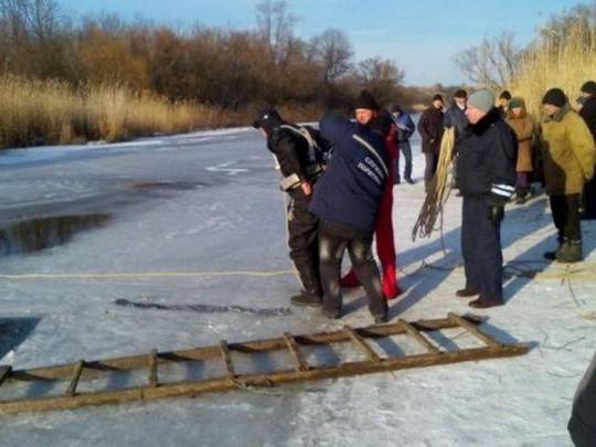 спасатели на реке