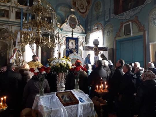 Иностранные  приходы вгосударстве Украина  начали передавать Константинополю