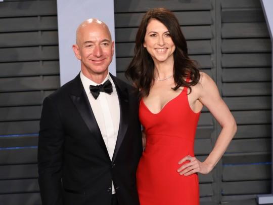 Супруга  основоположника  Amazon уступила бывшему мужу 0,75  акций компании