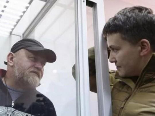 «НаУкраине начинается что-то  экстраординарное»: Надежду Савченко освободили прямо взале суда