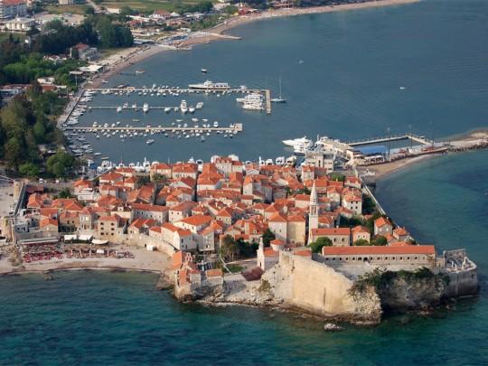 ВЧерногории туристов без одежды будут облагать штрафом