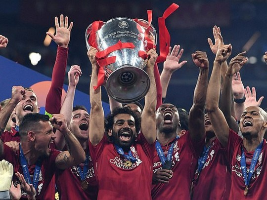 Золотые айфоны запобеду вЛЧ: памятные подарки игрокам Ливерпуля