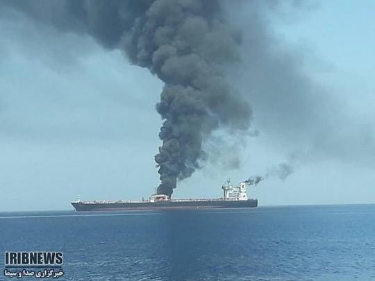 Появились детали обстрела танкеров вОманском заливе