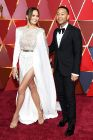 89-я церемония вручения оскар 89th Annual Academy Awards Model Chrissy Teigen musician John Legend