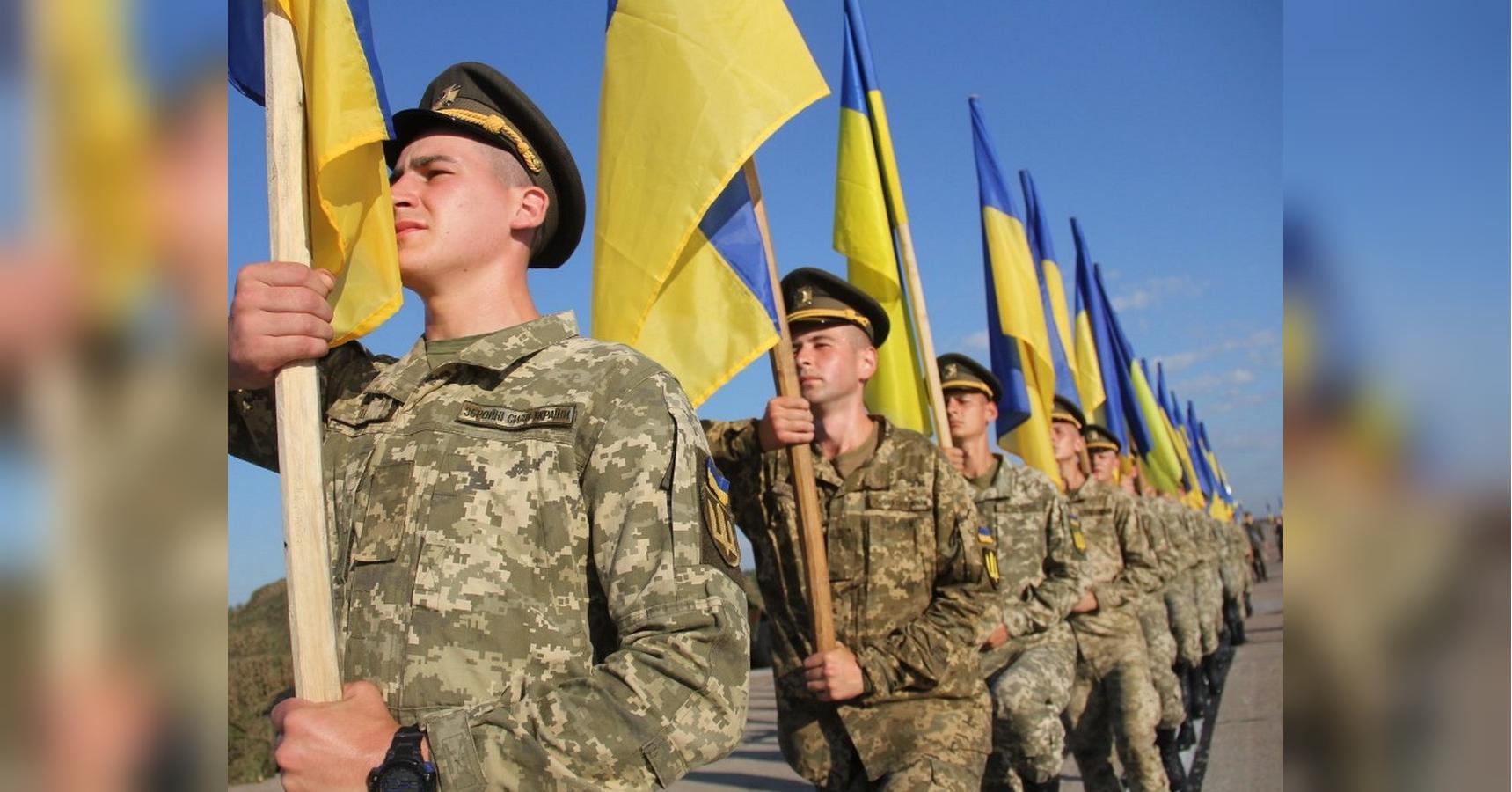 Всем военным выплатят премии ко Дню Независимости, — приказ Полторака