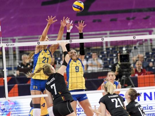 Украина стартовала сразгромного поражения начемпионате Европы поволейболу