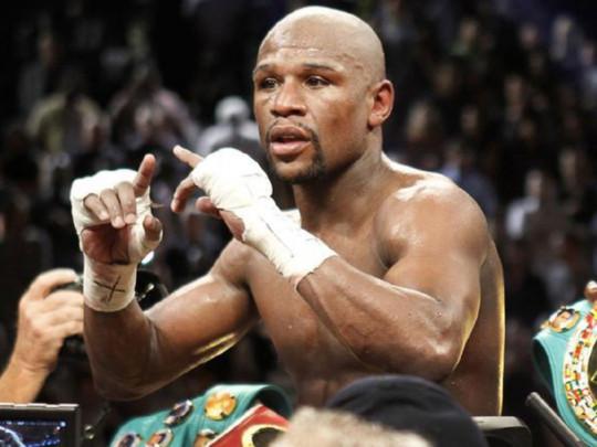 Непобедимый Мейвезер рассказал о возможном возвращении в профессиональный бокс (фото)