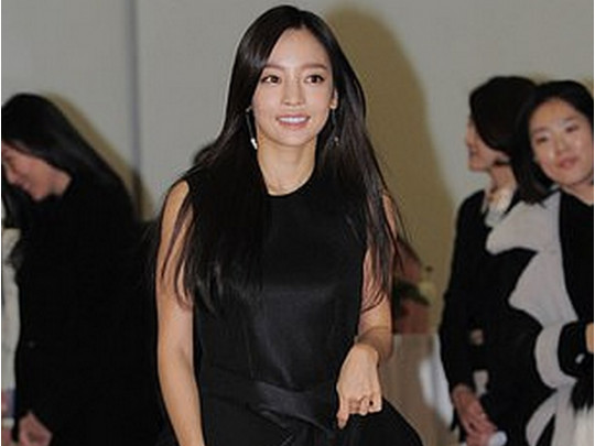 Звезду K-pop ГуХару отыскали  мертвой в своем  доме