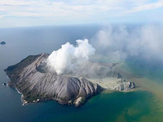 вулкан на острове Уайт-Айленд в Новой Зеландии