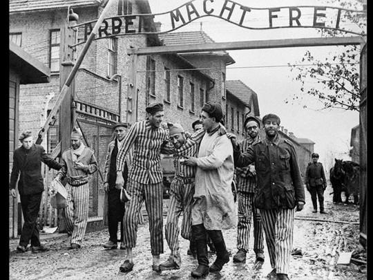 Зеленский принял участие в мероприятиях в честь годовщины освобождения Освенцима - Цензор.НЕТ 8614