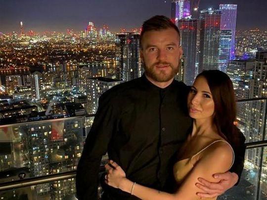 Андрей Ярмоленко с супругой
