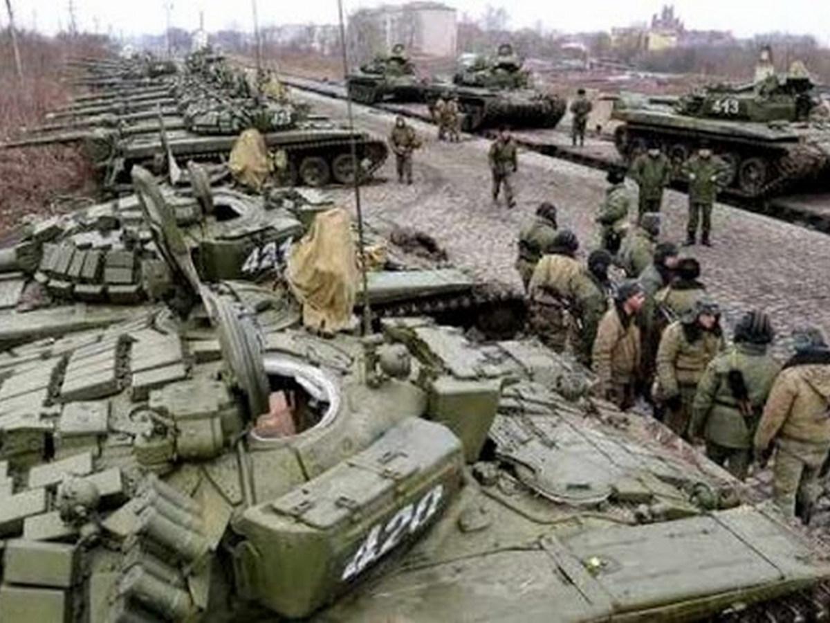скажите покажите мне фото вторжения россии на украину пока